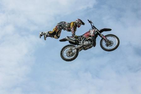 biker-384924_1920.jpg